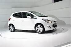launching new cars 2011 hyundai i10 cars in india