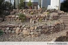 steinmauer selber machen bruchsteinmauer selber bauen und richtig verfugen