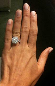 finally found a picture of my dream ring for a wedding band i d probably just get a solid