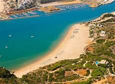 turismo do algarve 1001 praias praia grande e praia da angrinha