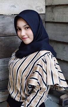 Hijabers Di 2019 Gaya Wanita Dan Jilbab Cantik