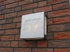 Led Beleuchtete Hausnummer Anbringen Jetzt Wird Gebaut