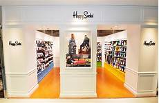 Happy Shop - happy socks opens flagship store underlines magazine