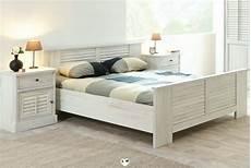 lit en bois blanc merida bois blanc vieilli ensemble chambre a coucher