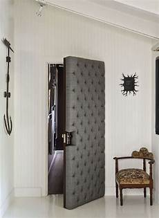 insonoriser une porte will kopelman upholstered door via ad photo