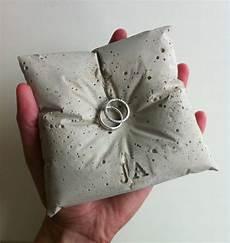 Ringkissen Selber Machen - ringkissen aus beton mhoch3 hochzeitsblog lieschen
