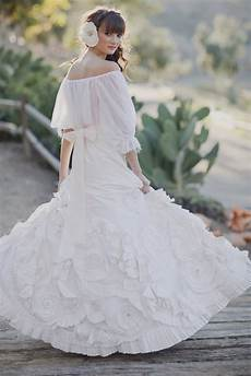 Mexican Wedding Gown bridal fashion with mexican wedding inspiration