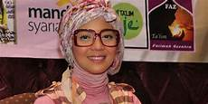 Nuri Maulida Kenalkan Jilbab Gaya Korea Kapanlagi