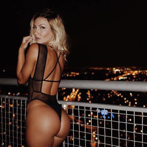 Big Women Naked Photos
