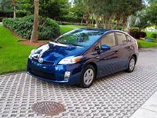 2010 toyota prius review top speed