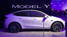 tesla model y doors 2021 tesla model y debuts here s what you should know