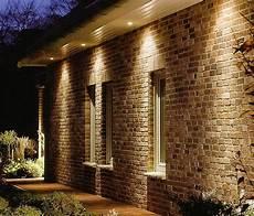 spot eclairage facade le luminaire d ext 233 rieur et que la lumiere soit