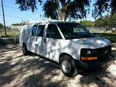 Sell Used 2002 CHEVROLET EXPRESS 3500 DUR A LIFT BUCKET