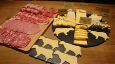 fromage pour raclette originale la raclette de clairette les fromages de clairette