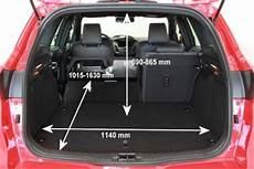 adac auto test ford focus turnier st 2 0 ecoboost start
