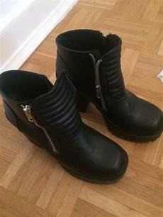 coole boots mit dickem absatz kleiderkorb de