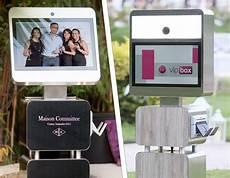 location d un photomaton location photobooth un plus pour animer tout 233 v 232 nement