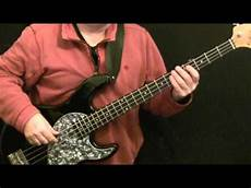how to play a bass guitar how to play bass guitar to maneater and oates