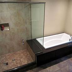 Dusche Und Badewanne Nebeneinander - side by side japanese soaking tub shower combination ideas