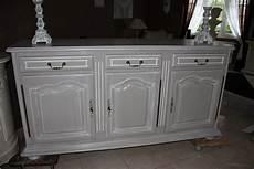 comment repeindre un meuble en bois vernis comment patiner un meuble en merisier customiser