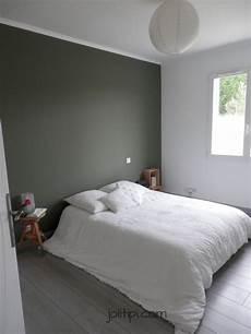 chambre kaki et blanc visite apart bedroom decor