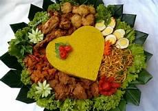 Resep Nasi Tumpeng Kuning Oleh Sukmawati Rs Cookpad