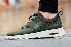 carbon green covers this nike air max thea kicksonfire