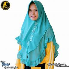 49 Inspirasi Model Jilbab Dua Layer Warna Jilbab