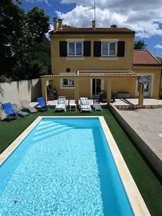 villa avec piscine plein ouest terrasses et jardin 600m2