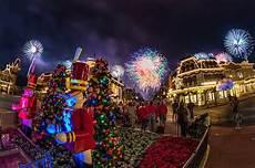 best worst 2017 mickey s very merry christmas party dates disney tourist blog
