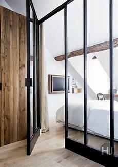 fenetre interieur atelier portes fenetres aluminium noir style atelier verriere