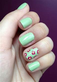 nail design ring finger kennedy s favorites pinterest