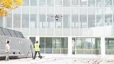 vodafone ufficio dall ambulanza connessa ai droni per la sicurezza primi