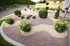 vorgarten steingarten anlegen kiesgarten kiesgarten garten garten ideen und kiesgarten