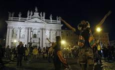 credenze popolari la notte di san a roma agenzia comunica