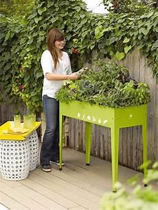 jardinière sur pied jardiland garden tables help you to grow veggies herbs and flowers