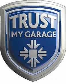 garage logo independent garage scheme urges motorists to make their