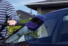Autoscheibe Innen Reinigen - autoscheiben reinigen die besten tipps f 252 r saubere