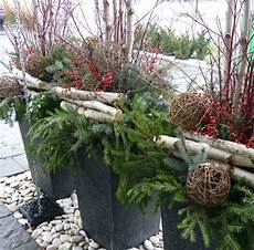 decoration de noel exterieur sapin de noel rustique chic recherche outdoor