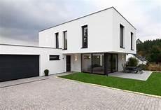 Einfamilienhaus Mit Burgblick Contemporary Exterior
