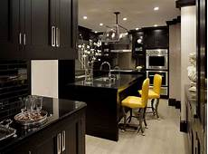 Black Kitchen - 43 dramatic black kitchens that make a bold statement