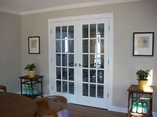 sherwin williams amazing gray it s a greige or gray with a warm undertone beige with a gray