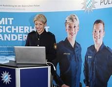 Ausbildung Polizei Bayern - mit sicherheit anders ihre ausbildung bei der