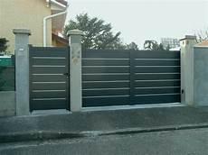 portail et portillon alu pas cher portail maison pas cher plein portillon alu gris