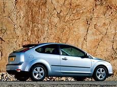 ford focus 3door eu 2004 picture 14 of 25 1280x960