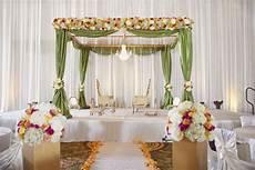 indian wedding mandap decoration with flowers ideas