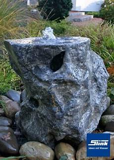 springbrunnen aus stein gartenbrunnen springbrunnen ozeanfindling unikat slink