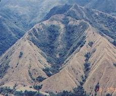 Wisata Gunung Nona Buttu Kabobong Di Kab Enrekang