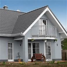 Haus Grau Weiß - grau sch 246 n hausfassade