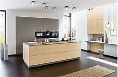 moderne küche mit kochinsel grifflose moderne k 252 che mit kochinsel
